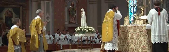 Solemn High Traditional Latin Mass Cathedral of the Blessed Sacrament – High Definition