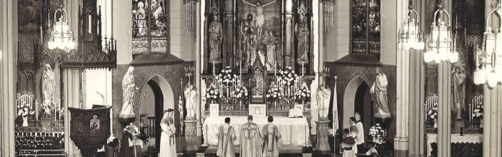 Evelyn Waugh's forgotten battle to preserve the Latin Mass